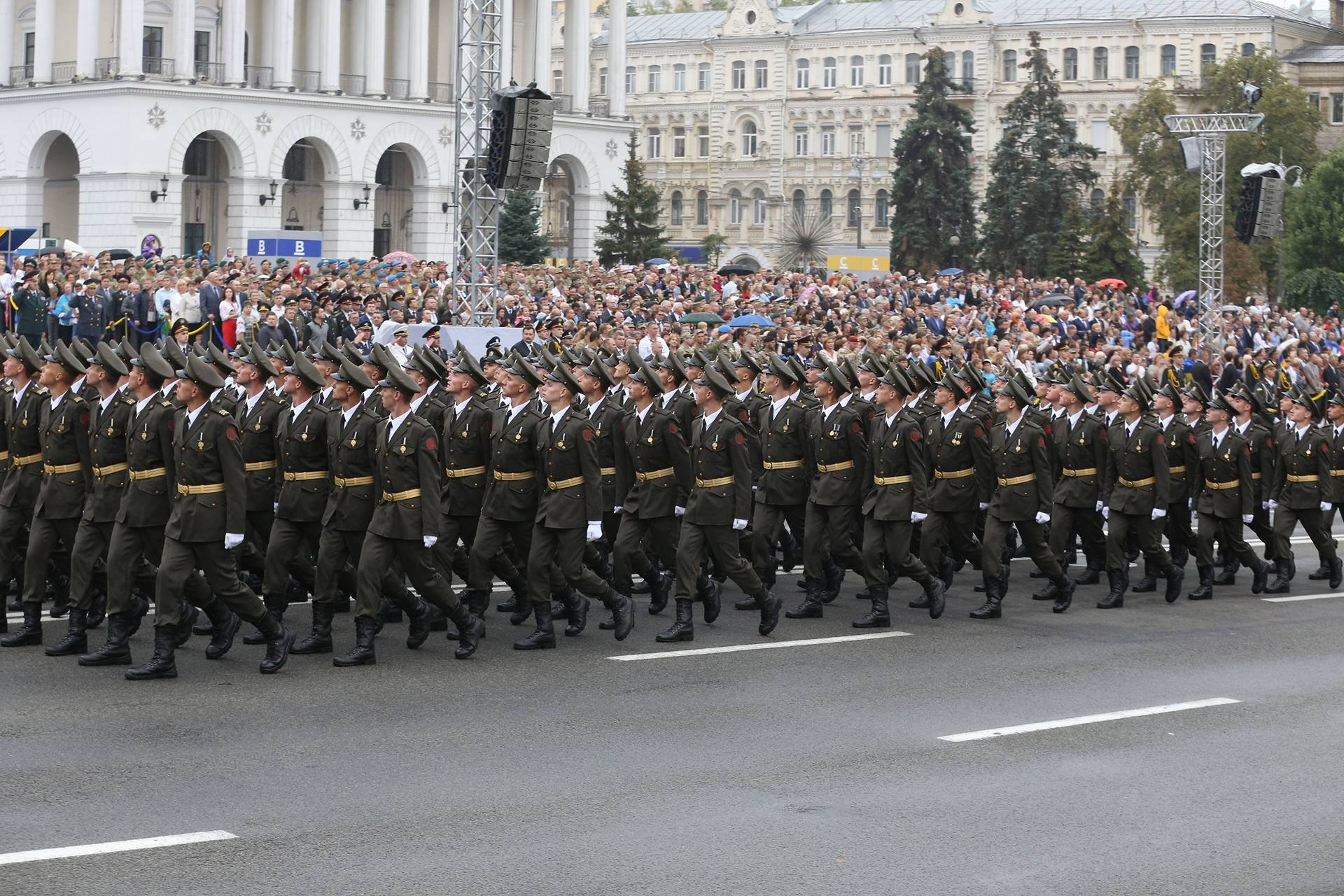 парад марш2