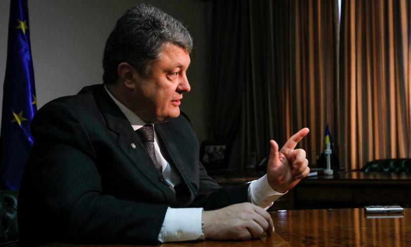 poroshenko-v-intervyu-cnn-obvinil-rossiyu-vo-vseh-smertnyh-grehah_1