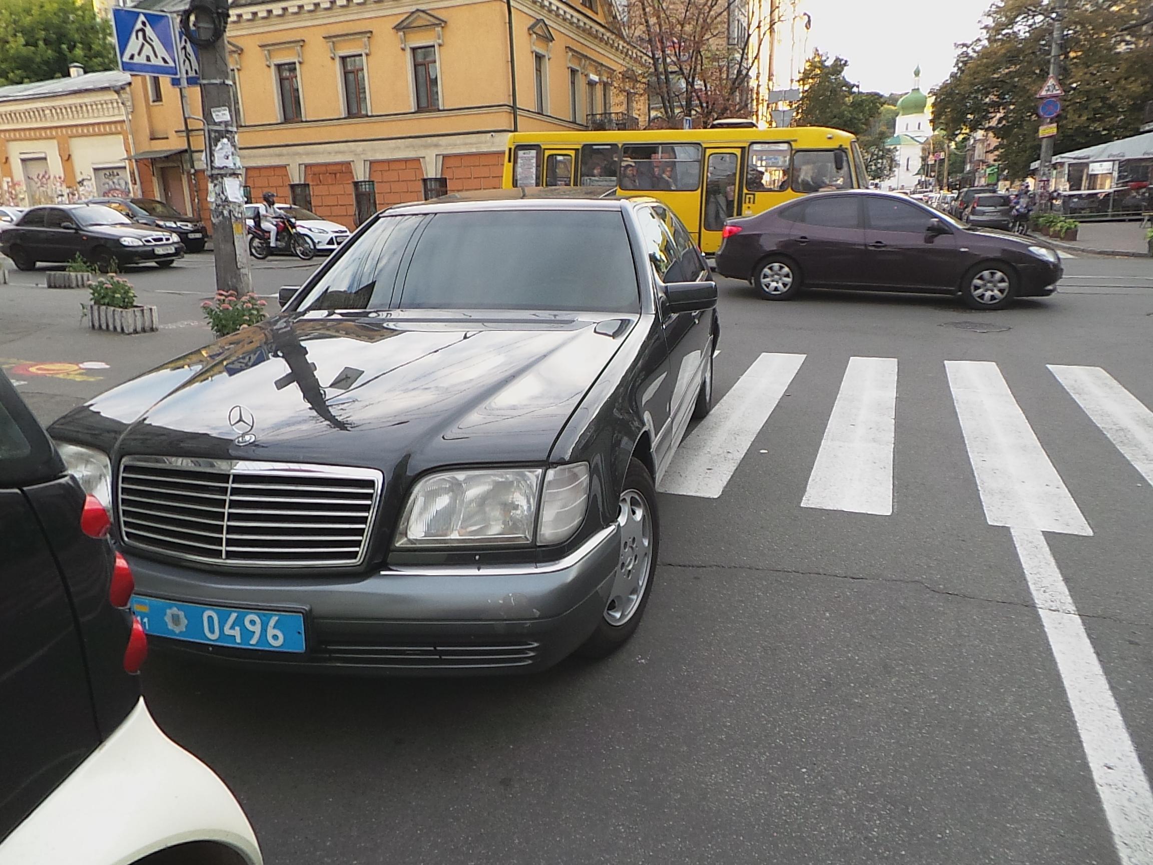 Неправильно припаркованные автомобили будут эвакуировать на штрафплощадку